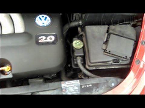 vw beetle battery swap how to youtube. Black Bedroom Furniture Sets. Home Design Ideas