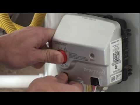 How to check and light water heater pilot light