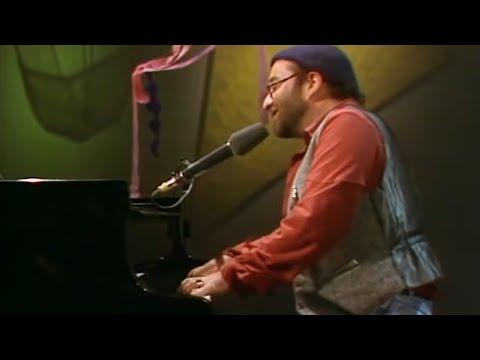Lucio Dalla - Medley: Piazza Grande, 4 Marzo 1943, La casa in riva al mare (Live@RSI 1978)