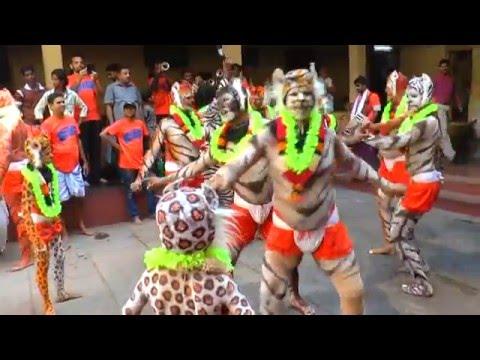 Marpalli Chande Balaga - Hulivesha