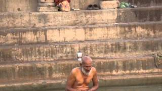 The rite of bathing in the Ganges in Varanasi
