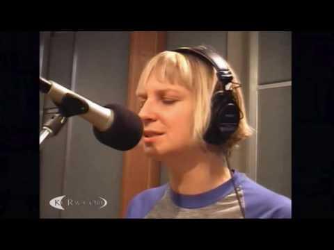 Sia - Breathe Me (Live at KCRW 2007)