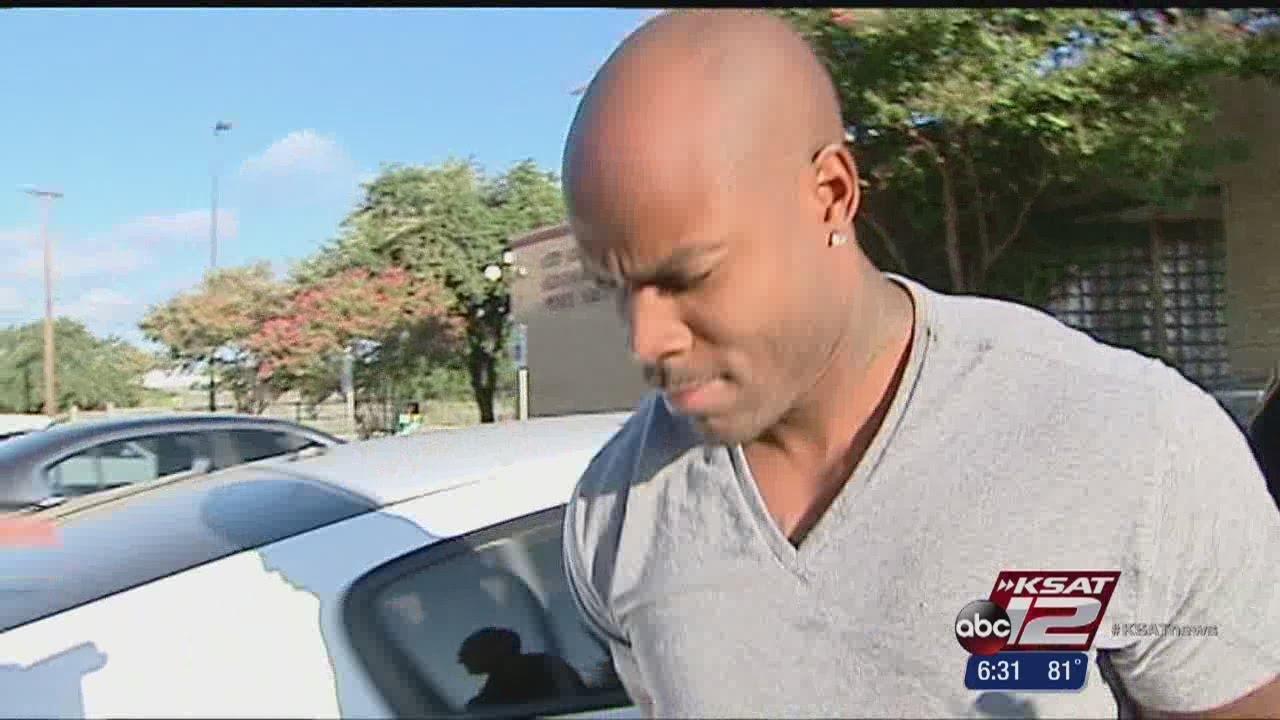 SA man arrested in Craigslist car scam - YouTube