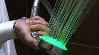 Vòi sen đèn LED tăng áp đổi màu theo nhiệt độ nước