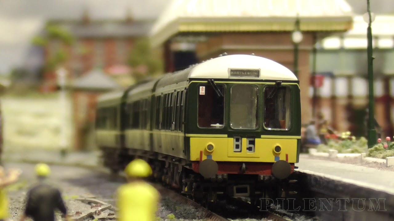 Duxbury OO Gauge Model Railway Layout by the Leamington & Warwick MRS -  Warley Model Train Show 2018