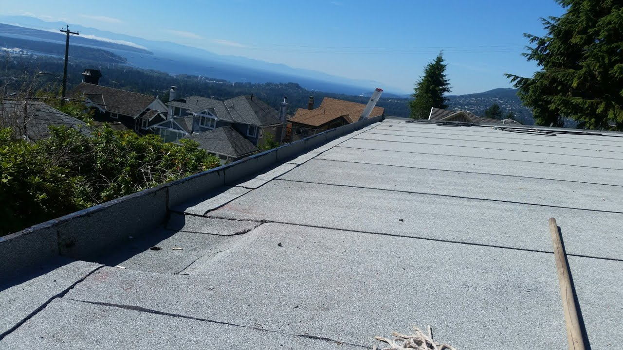 Roofing Tar Converting Tar And Gravel Into Torch On North Vancouver Roofing