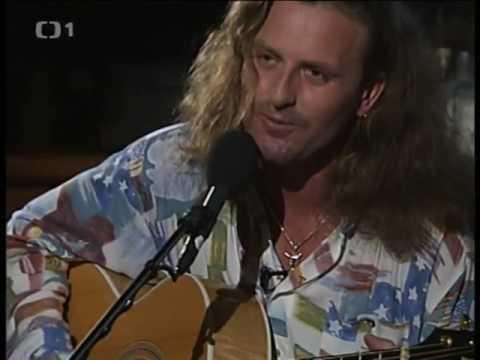 Kabát - Colorado. Pepa Vojtek solo. akustická kytara (TV klip  Bolkoviny)youtube - YouTube 6c01b65d776