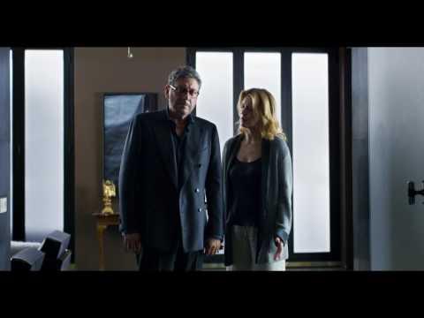 Piccoli Crimini Coniugali - L'Incidente - Clip dal Film   HD