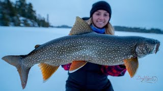 LAKE TROUT OPENER  ||Freak out...|| (Ice fishing with my girlfriend)