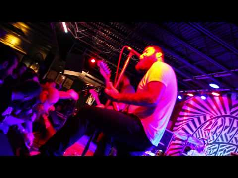 """Four Year Strong - """"Go Down In History"""" (Live)"""