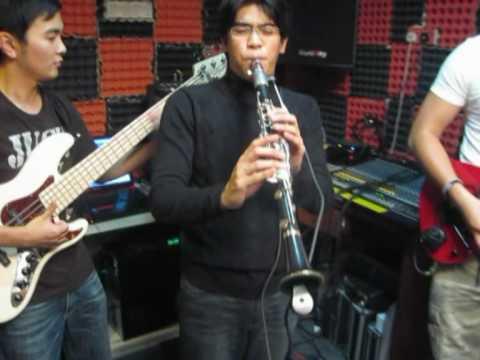 Electric Clarinet Malaysia - JUNK Plays T-Square's Takarajima (Studio Live, HQ)