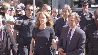 Actress Felicity Huffman released from prison 3 days early