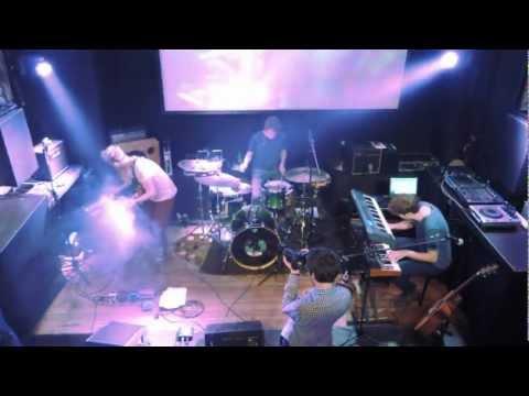 Jakob Juhkam - Mr. Vincent (Live at Von Krahl)