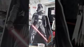 Звездные войны захватили гипермаркет магнит