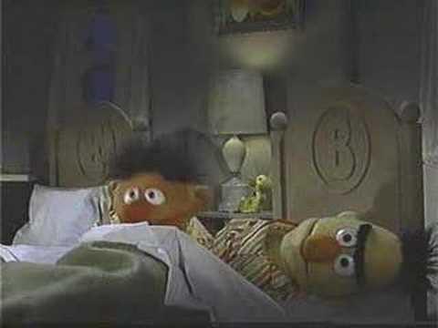 Classic Sesame Street - Ernie reads a book