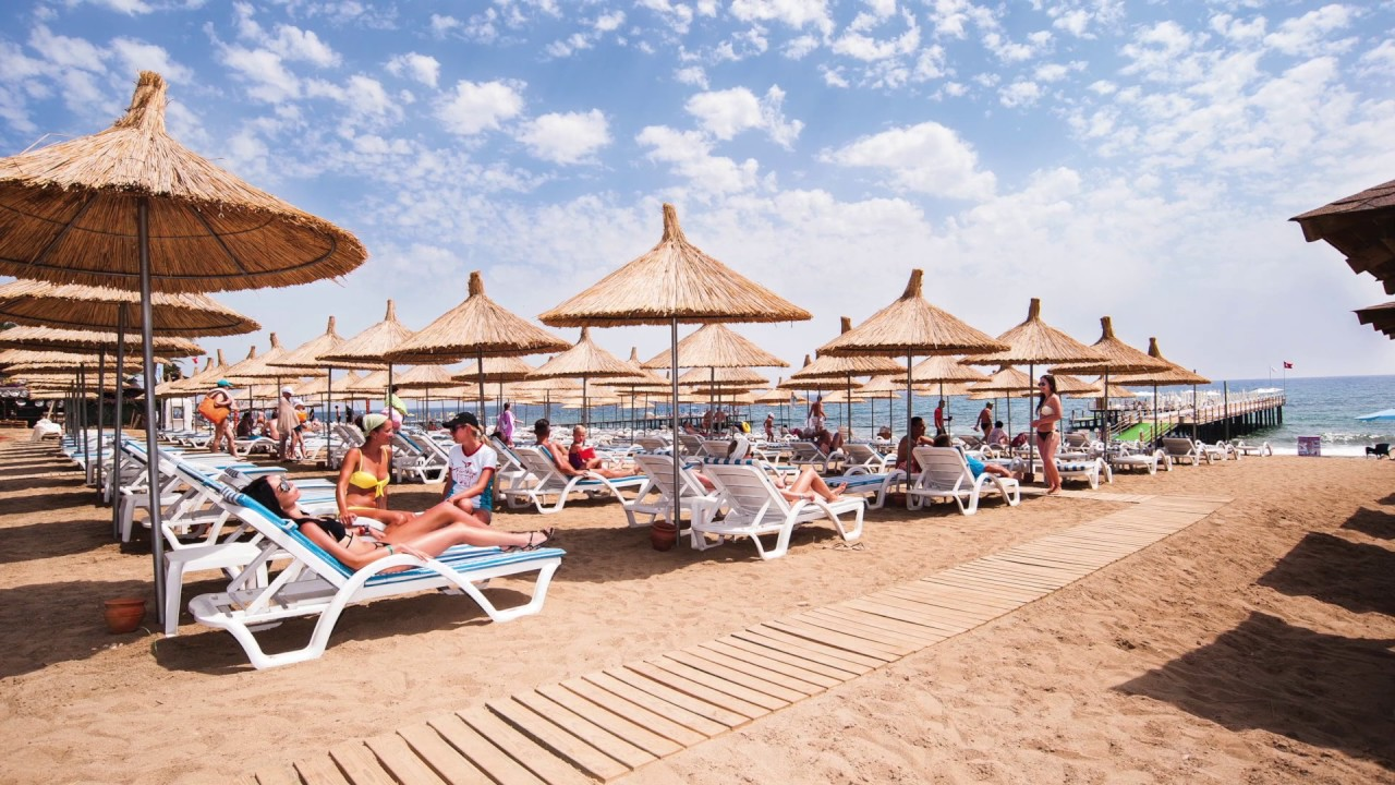 Quattro Beach Resort Spa