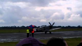 Spitfire mk.9 taxi & take off