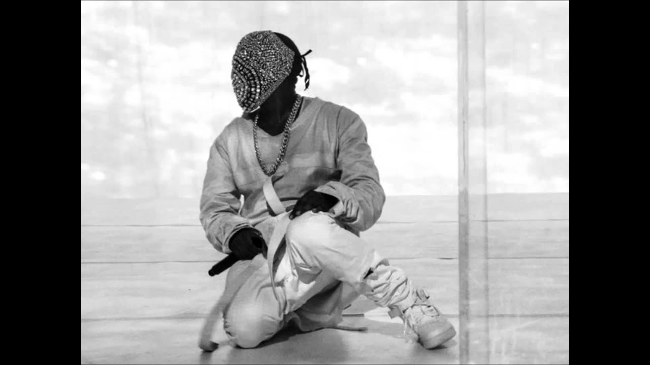 kanye-west-blood-on-the-leaves-futureismetric