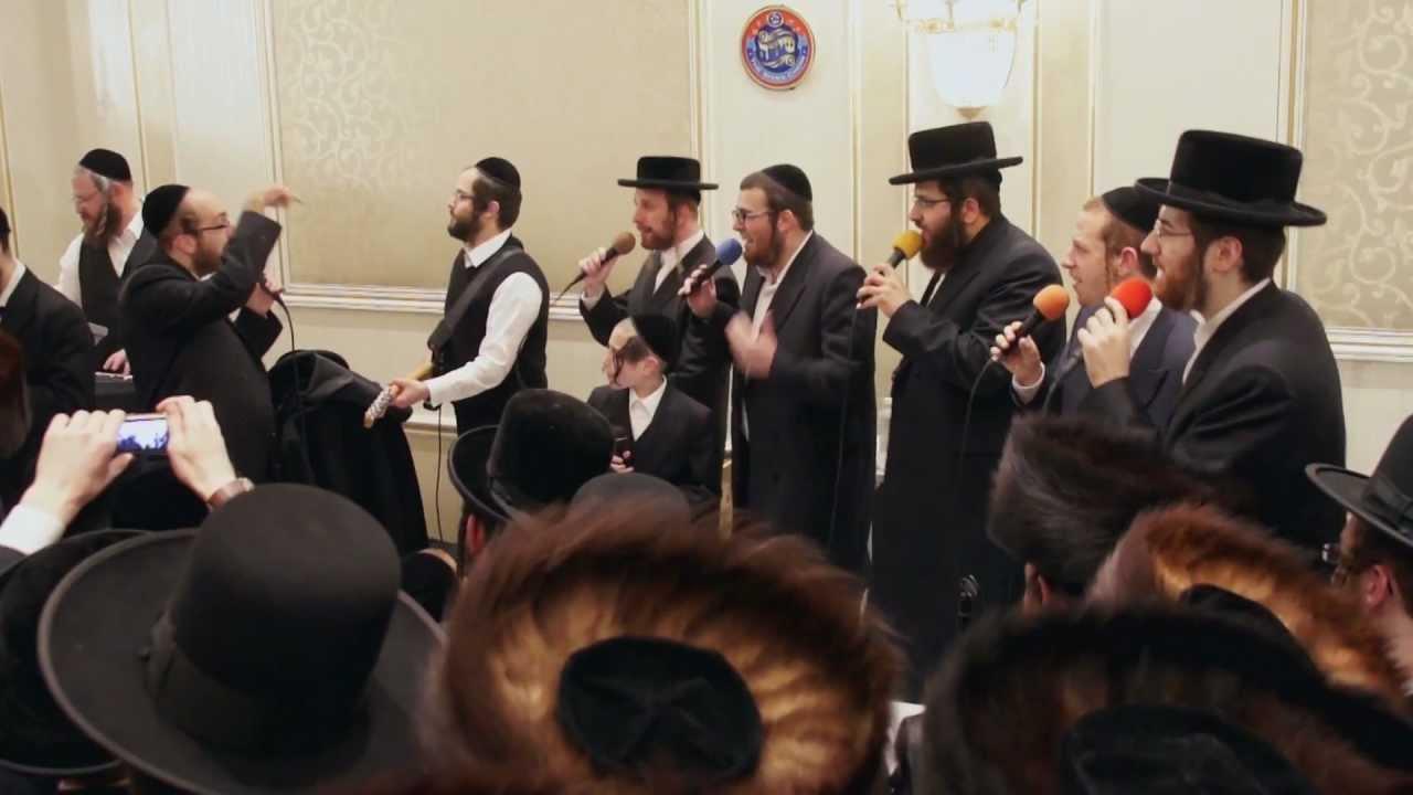 "MERON with Arele Samet, Meir Adler & Shira Choir |  אהרלה סמט, מקהלת שירה - ל""ג בעומר - ניגוני מירון"