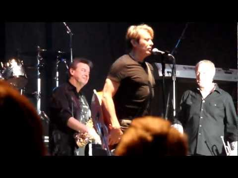 CHICAGO - band introductions / Beginnings (Live 7-28-12)
