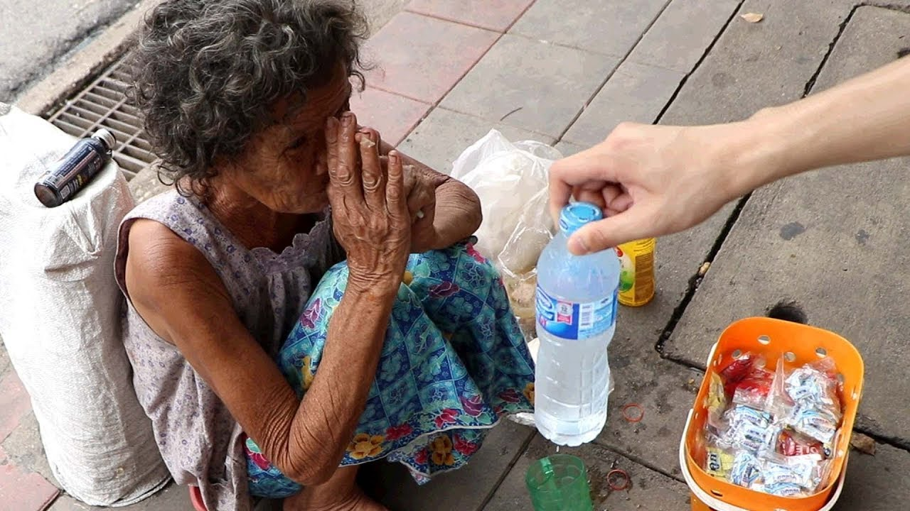 helping the poor in bangkok i learnt an important lesson youtube