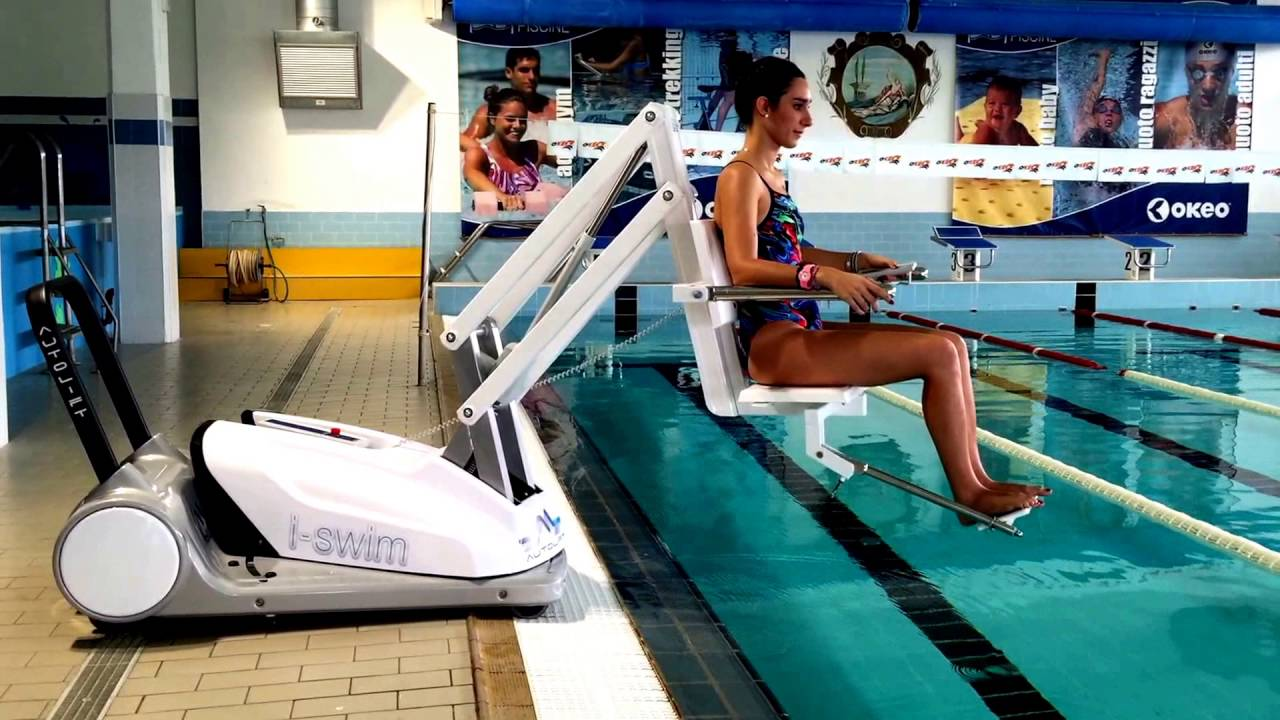 I Swim 2 Portable Pool Lift Video Youtube