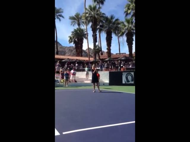 Lissie singing the National Anthem at DesertSmash 2015 host