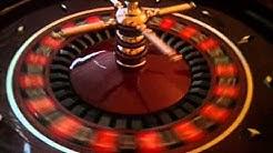 Roulette-Tisch mit Kessel, Stühlen und Jetons zu verkaufen