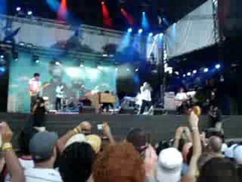 Gnarls Barkley- Crazy at ACL 08