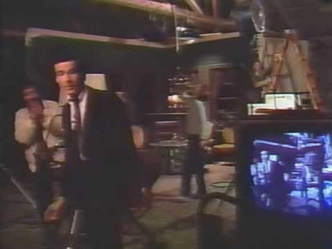 AMERICA CONFIDENTIAL (1990)