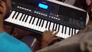 Ava Enna Enna Thedi Vantha Anjala Keyboard - Vaaranam Aayiram