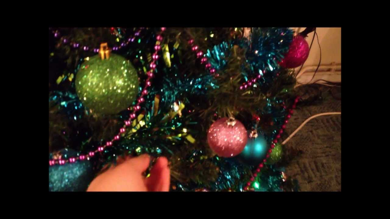 Christmas Decorations Table Centrepiece And Bauble Garland Youtube