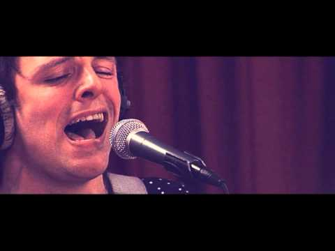 Studio Brussel: The Van Jets - Broken Bones (live)