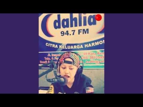 Happy Asmara - Interview Radio Dahlia FM Kediri _ Tewas Tertimbun Masa Lalu