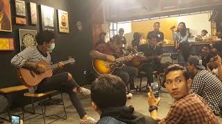 Lagu Last Child Anak Kecil Acoustic Download Mp3 | BLUEBIRDS