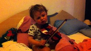 Download lagu sweet little boy playing Violin