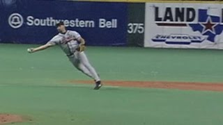 1999 NLDS Gm 3: Weiss gets the out at home