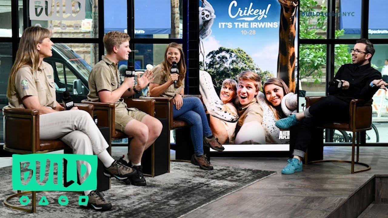 Terri Robert Bindi Irwin Talk Animal Planet S Crikey