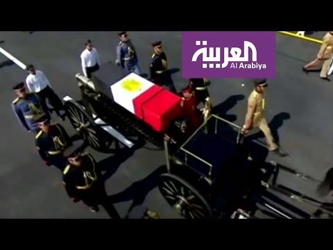 الرئيس المصري الأسبق حسني مبارك شيع في جنازة عسكرية مهيبة  - نشر قبل 8 ساعة