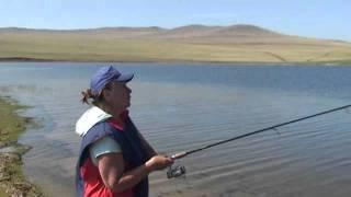 Байкальська рибалка на українського черв'яка