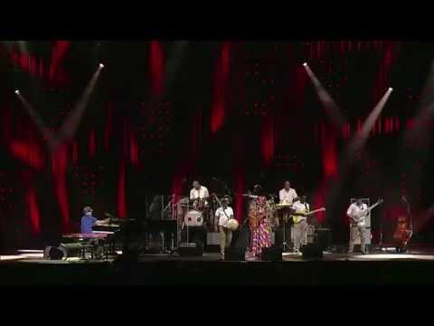Fatoumata Diawara & Roberto Fonseca - SOWA Live