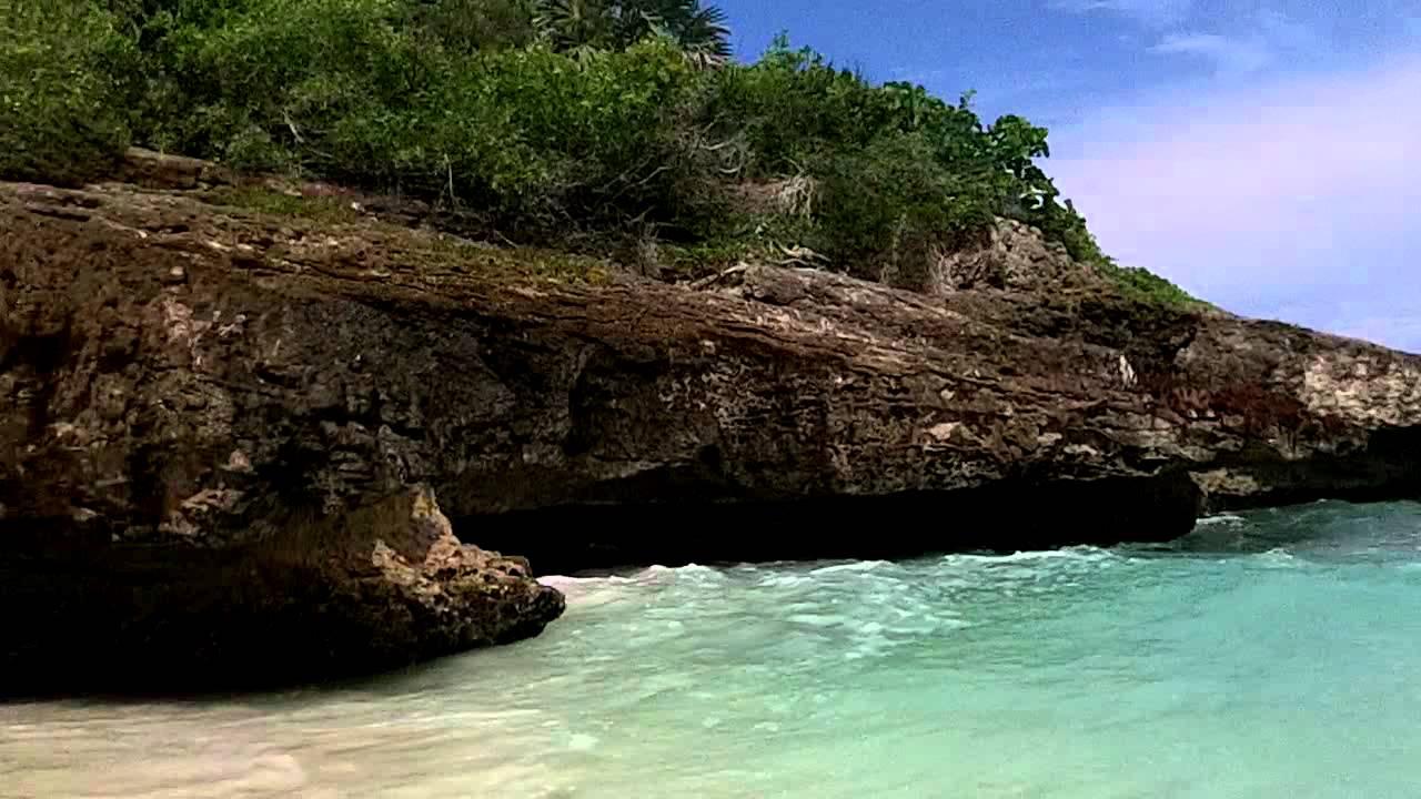 Zach Molin Navio Beach Vieques