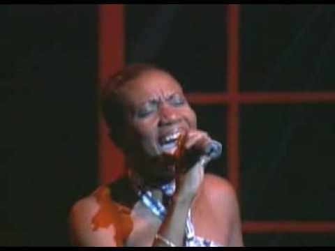 Harmony House Singers - Everywhere (Live)
