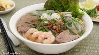 Pork and Shrimp Clear Noodle Soup (Hu Tieu)