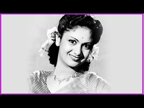 Telugu house wife first night hot bed room scene cinekingdomcom - 4 7
