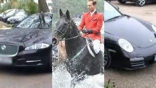 Porsche, jaguar, lexusy... Tak wożą się goście Piotra Kraśki!