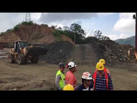Campo Morado - Feeding coarse ore into the crusher