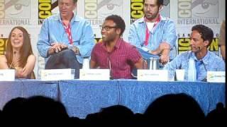 SDCC10: Community Panel, Donald Glover on set