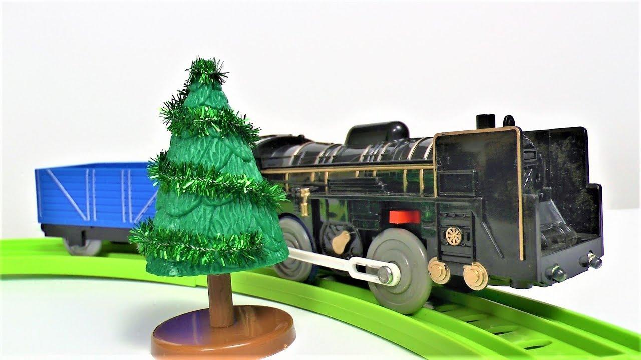 Железная дорога и поезд - Играем в игрушки для мальчиков - Видео про поезда для детей