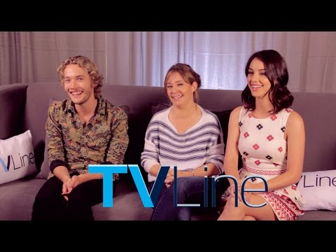 """Reign"" Cast Interview at Comic-Con 2014 - TVLine"
